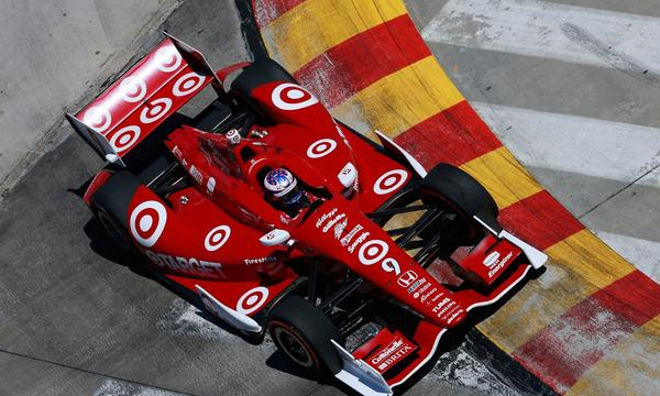 Scott Dixon is looking to claim his third IndyCar Series title this weekend in Fontana.