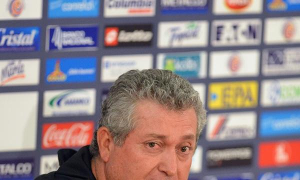 Victor Manuel Vucetich told ESPN Deportes on Thursday that he is out as Mexico's national soccer team coach.