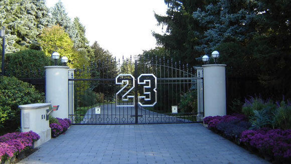 The privacy gate to Michael Jordan's 56,000-square-foot compound in Highland Park.