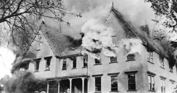 Flames erupted from the Ninth District School in Manchester's largest fire. All 1,000 students and teachers survived the fire thanks to the foresight of Superintendent Fred Ayer Verplanck and his required fire drills.