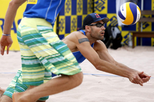 Phil Dalhausser makes a diving dig during play in the FIVB Sao Paulo Grand Slam last weekend.