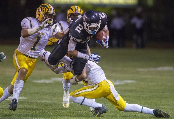 High School Football Chargers Upend Sailors