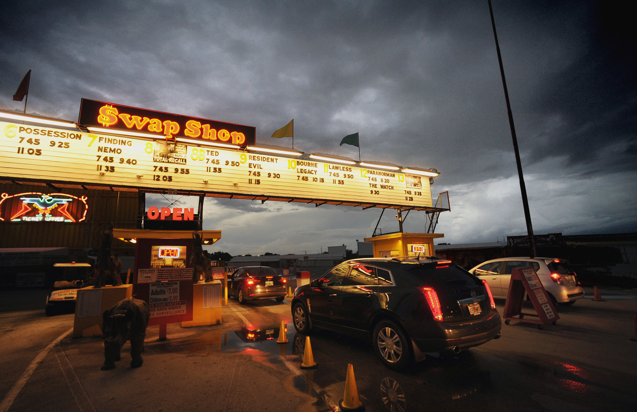 Things every South Floridian should do once - Thunderbird Drive-In