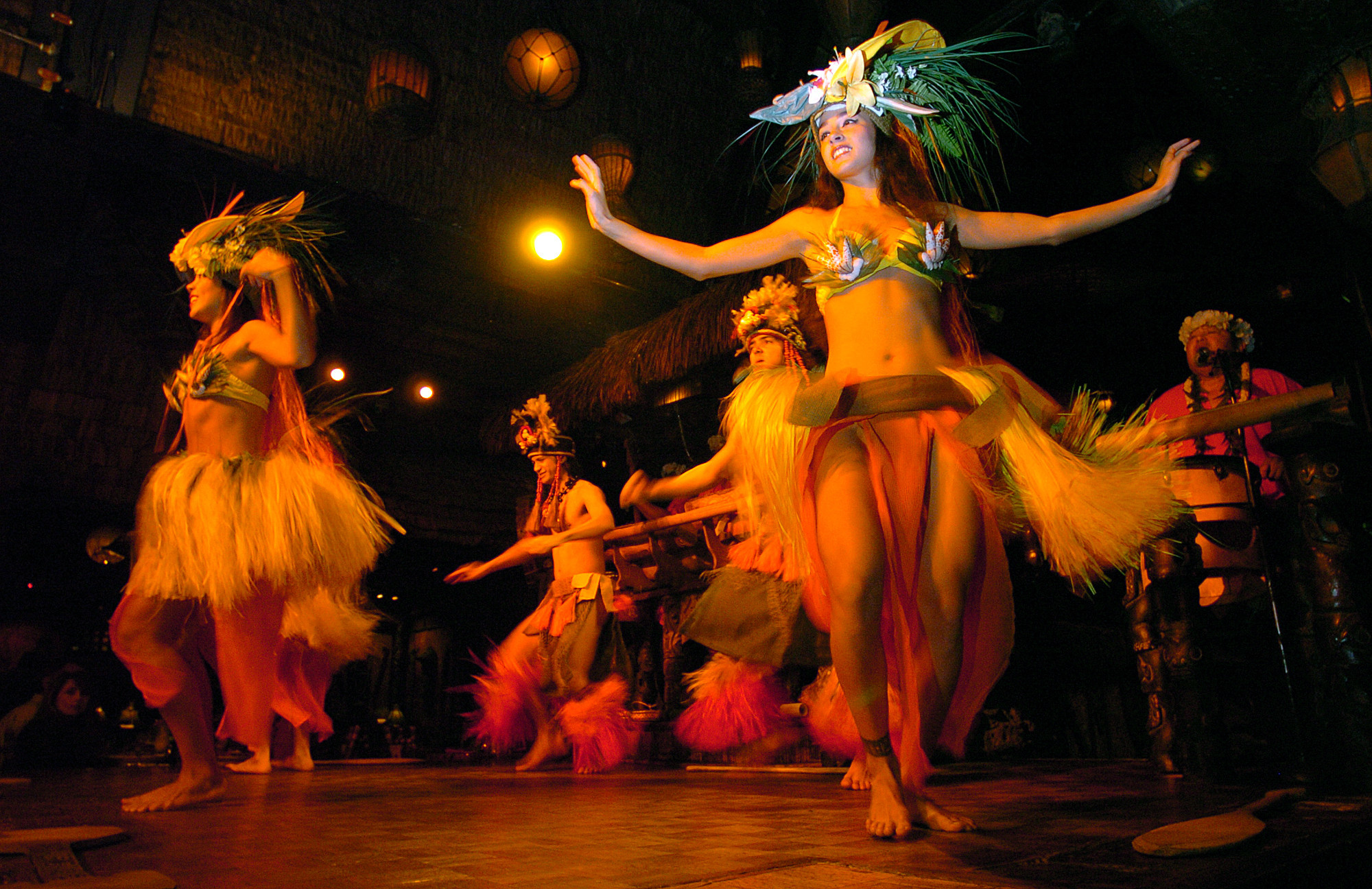 Things every South Floridian should do once - Mai Kai polynesian dinner show
