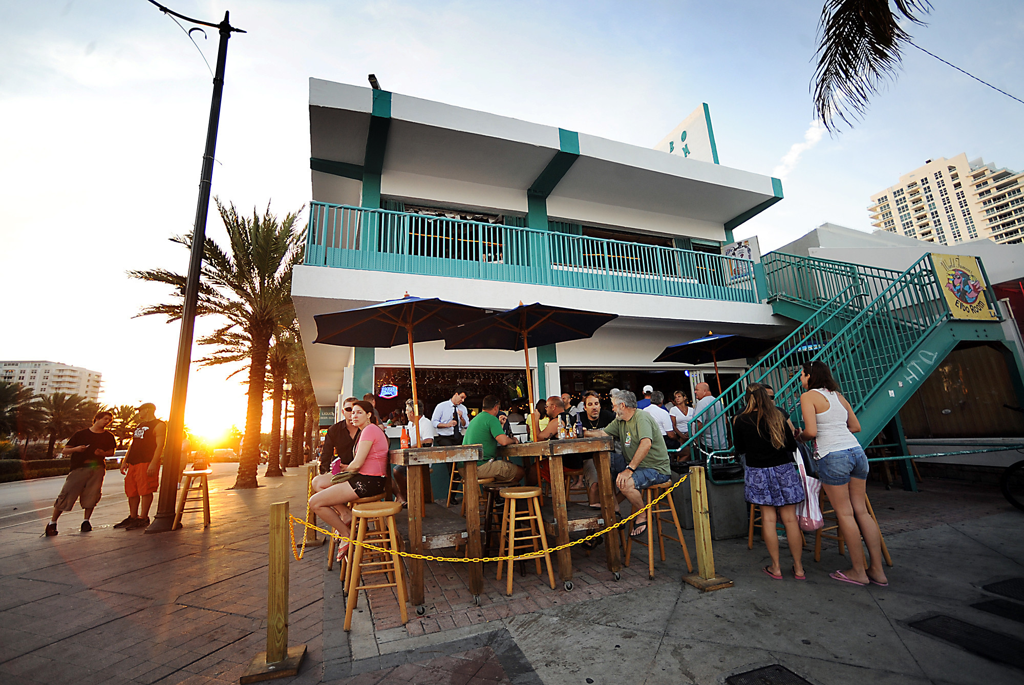 Things every South Floridian should do once - Elbo Room on Fort Lauderdale beach