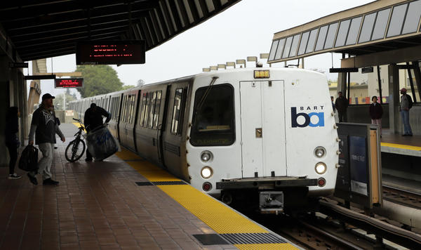BART train arrives