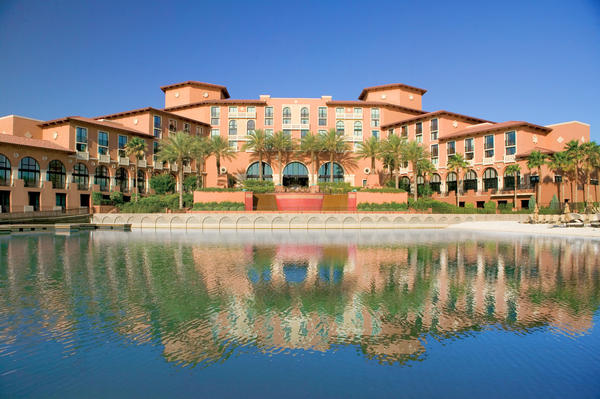 About 40 minutes east of the Strip, the Westin Lake Las Vegas provides a tranquil alternative to the hubbub of Las Vegas Boulevard, and with a special weekend package, provides savings too.
