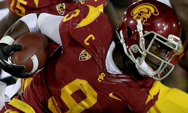 USC wide receiver Marqise Lee runs against Washington State at the Coliseum in Los Angeles.