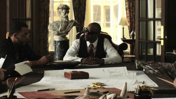 """Fredro Starr, center background, is the lead character in """"Diamond Ruff,"""" a dramatic film about a crime kingpin that was shot in Hartford and will have a special sneak preview on Nov. 1 at Bushnell Center for the Performing Arts in Hartford."""
