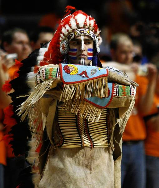 Chief Illiniwek's last appearance as the official mascot of the University of Illinois mascot was in 2007. A group of alumni and Illiniwek supporters has reached a tentative deal with the university to keep the legend alive outside the school.
