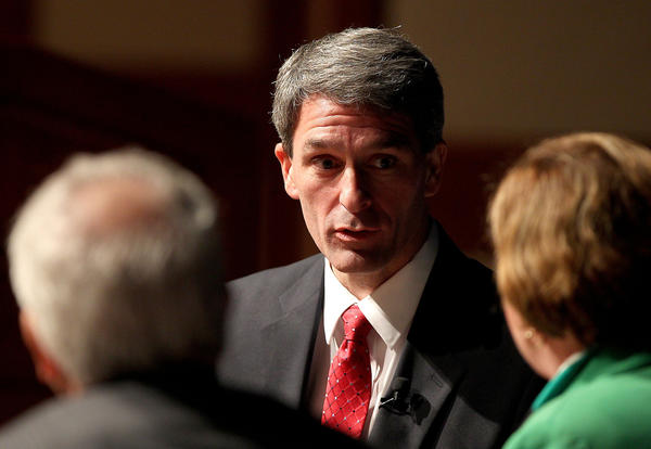 Candidate for Virginia governor Ken Cuccinelli talks policy with Cathy Lewis and CNU's Dr. Quentin Kidd Wednesday evening in the Freeman center.