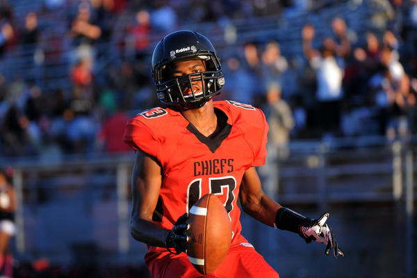 Santaluces wide receiver Khurazze Williams is among the countys leading receivers with 34 catches for 673 yards and three touchdowns.