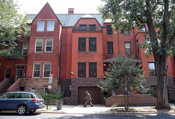 The Dupont Circle house (center right) of Jesse Jackson Jr. and Sandi Jackson in Washington, D.C.
