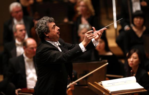 Semyon Bychkov leads the Chicago Symphony Orchestra in Mahler's Symphony No. 3 at Symphony Center.