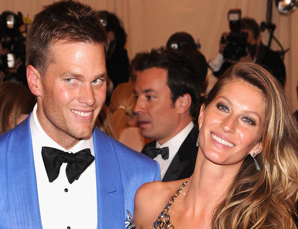 Gisele Bundchen and husband Tom Brady are reportedly in contract to buy a $14-million pad in New York.
