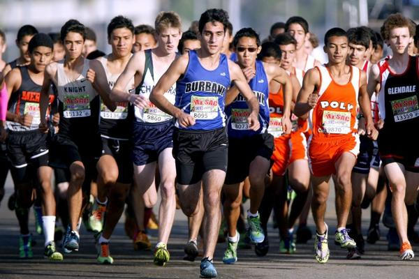 The Burbank High boys' cross-country team prevailed on Saturday at Mt. SAC. (RAUL ROA Staff Photographer)