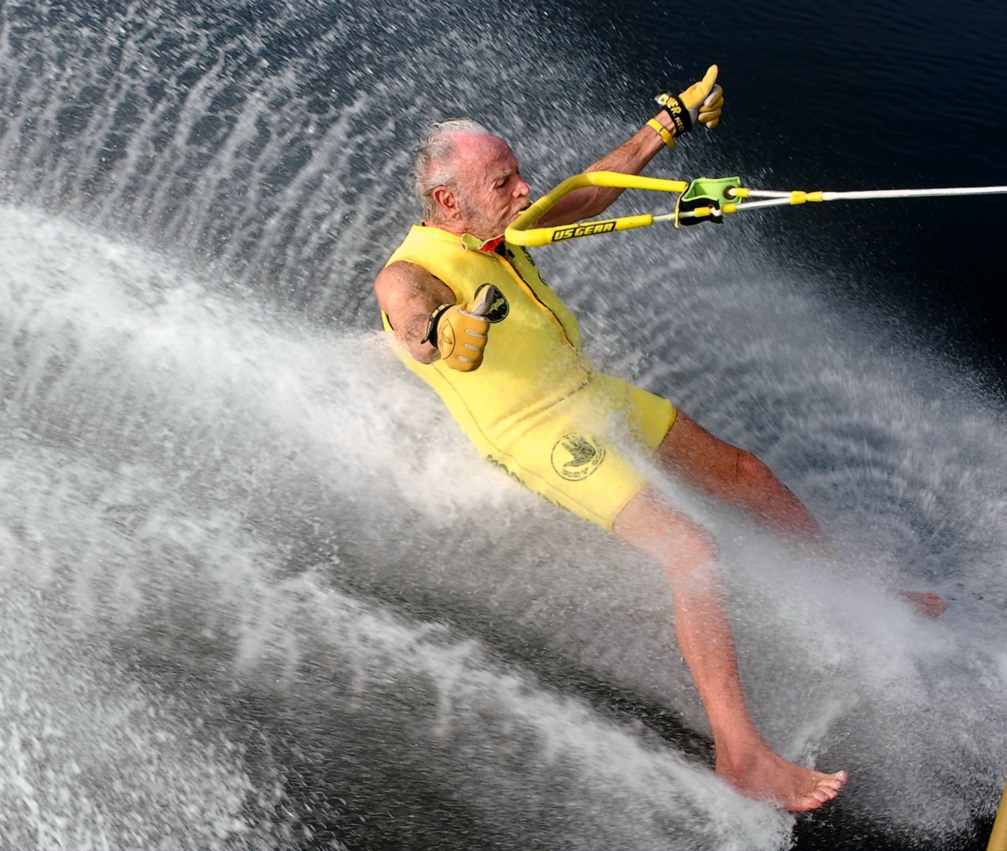 """Banana"" George Blair waterskiing barefoot in 2003; he died Oct. 17 at 98."