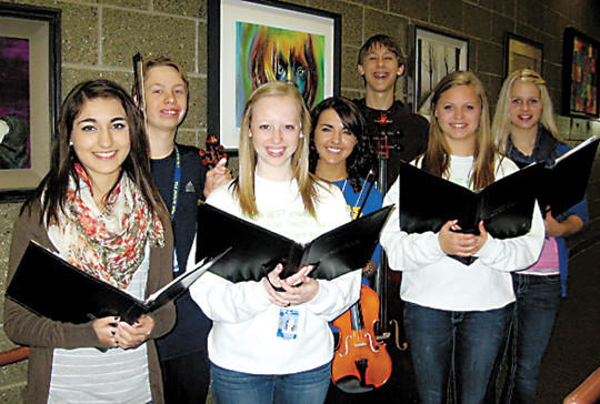 Students preparing for the concert are, pictured front from left. Makenzie Falcon, Jennifer Mesmer and Hannah Hepperle. In the back row are Joe Jay, Lexi Opitz, John Wieland and Cheri Compton.