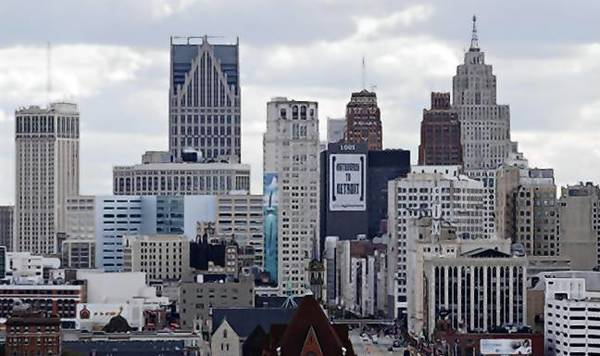 The skyline of Detroit looking south from the midtown area.