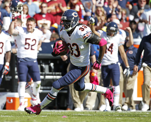 Charles Tillman's balky right knee kept him out of practice Monday.