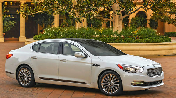 Kia will debut its all-new flagship K900 sedan at the 2013 L.A. Auto Show in November.
