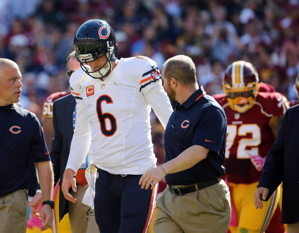 Bears quarterback Jay Cutler leaves with an injury in the second quarter on Sunday, Oct. 20, 2013 at FedEx Field.