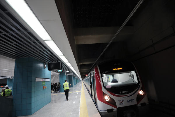 Marmaray tunnel connects Asia, Europe