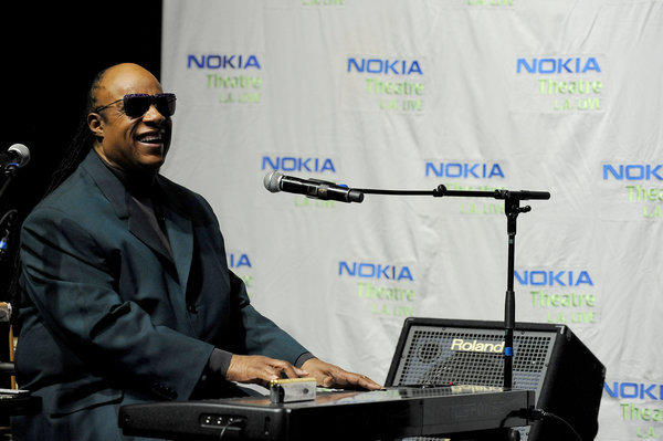 "Stevie Wonder has announced that he will play his 1976 album ""Songs in the Key of Life"" in its entirety at his 18th annual House Full of Toys benefit concert Dec. 21."