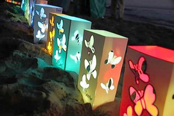 Memory JAR, a San Clemente nonprofit that offers bereavement services, will hold a candlelight vigil for gatherers to honor loved ones who have died on Sunday at Heisler Park in Laguna Beach. Each luminary represents a loved one who died, but is not forgotten, an event flier said.