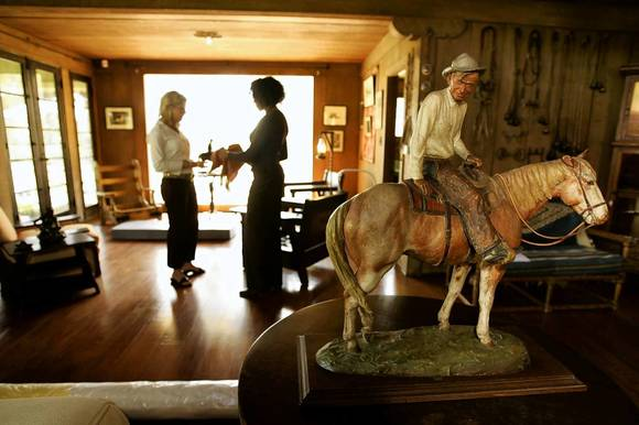 The Will Rogers Memorial Museum has 25,000 square feet of space and amini-theater that shows Rogers' films.