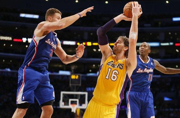 Pau Gasol had 15 points and 13 rebounds for the Lakers on Tuesday.