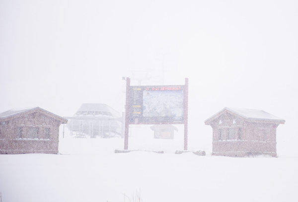 Yes, that's Mammoth back there behind the snow flurries. The resort, five hours from L.A., received 12 inches this week.
