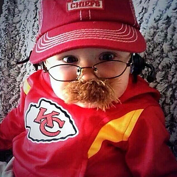 Baby Andy Reid (Graham Leeper) has become an Internet sensation.