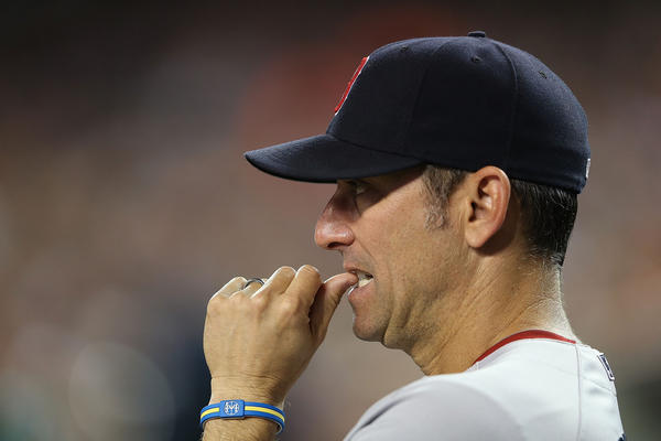 Boston Red Sox bench coach Torey Lovullo is a Cubs manager candidate.
