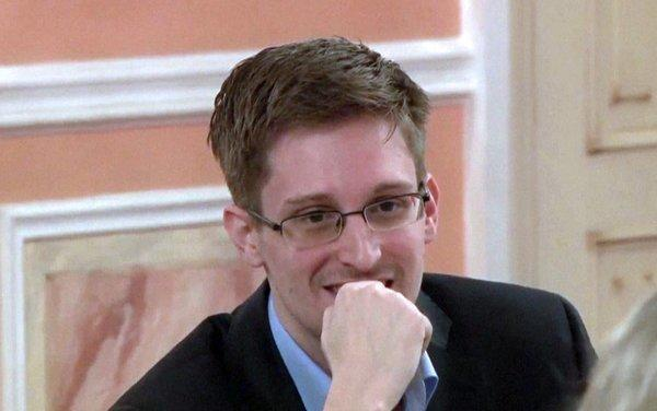 Fugitive NSA intelligence leaker Edward Snowden, shown in this image from a WikiLeaks video made on Oct. 12, is going back to work in data protection for a major Russian website.