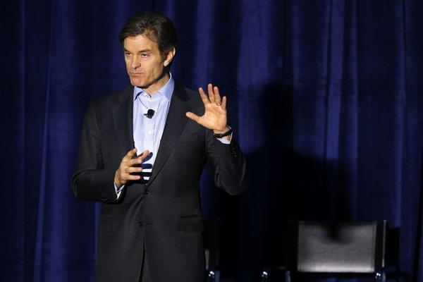 Dr. Oz speaks at a football safety clinic for mothers in Chicago this week.