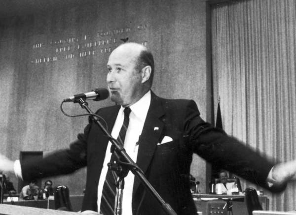 John J. Lynch became Los Angeles County tax assessor in 1986, despite having never run for elected office before and facing 11 other candidates.
