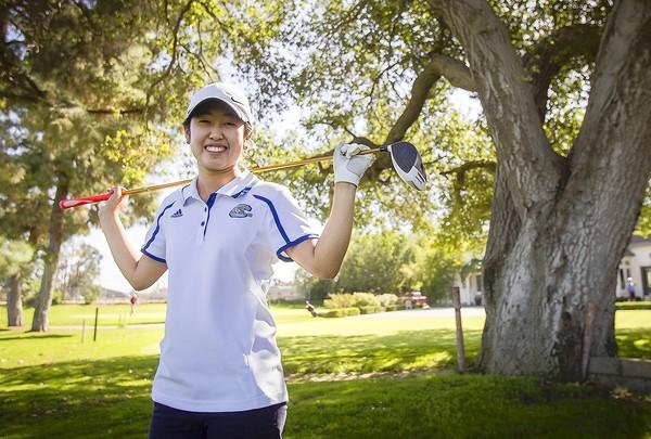 Corona del Mar High sophomore golfer Amy Matsuoka is the Daily Pilot High School Athlete of the Week.