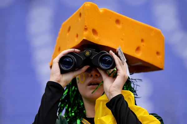 So, what do Bears players think of Green Bay's signature Cheesehead hats?