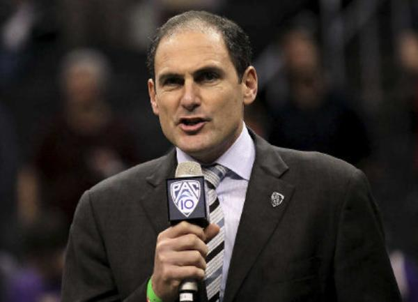 Pac-12 Commissioner Larry Scott has received a contract extension through the 2017-18 school year.