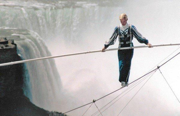 Jay Cochrane crosses the water on the Canadian side of Niagara Falls in 2002 -- at a height of 40 stories.