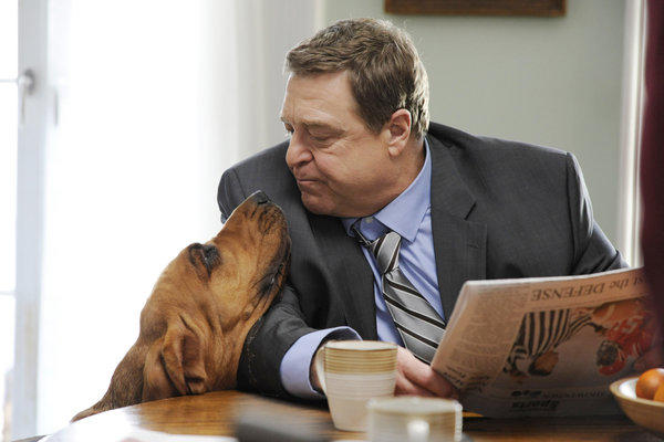 "John Goodman in a scene from Amazon Studios' ""Alpha House,"" which will premiere Nov. 15."