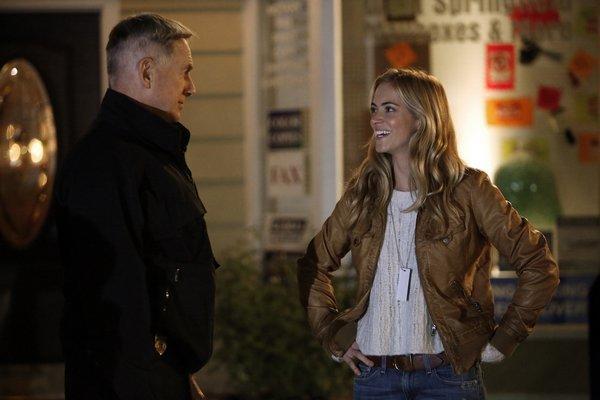 Emily Wickersham on the NCIS set with Mark Harmon.