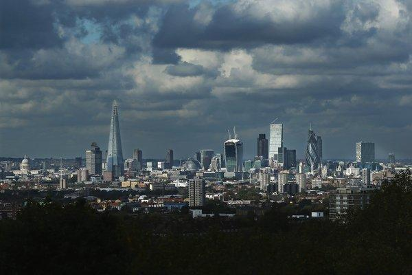 Almost 100 publishers closed in Britain in the last year; e-books and discounts were the cause, according to an accounting firm's report. Above, the London skyline.