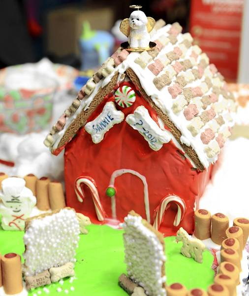 ArtsQuest is holiding a ginerbread house contest.