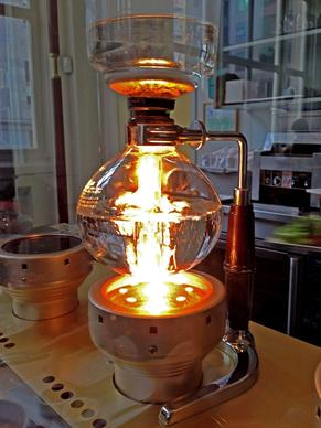 The five-light siphon bar at Blue Bottle Coffee on Mint Plaza in San Francisco puts on a chemistry show.