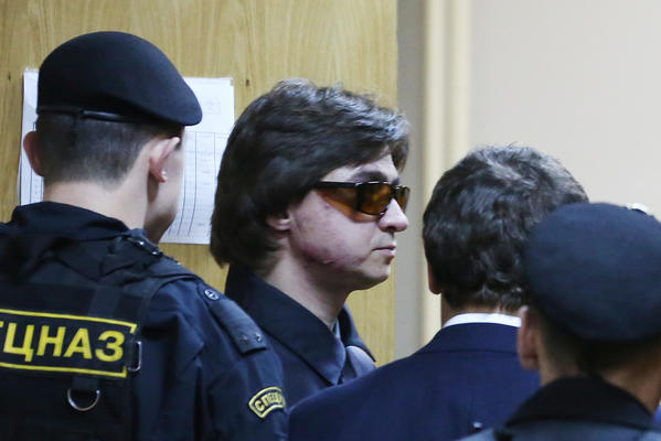 Bolshoi Theater ballet company artistic director Sergei Filin leaves the Meshchansky district court of Moscow Wednesday.