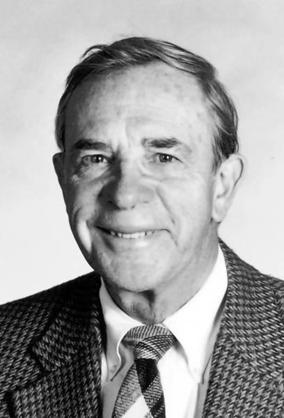 Dr. George J. Magovern, 89, heart surgeon and co-inventor of an artificial valve that marked a key advance in open heart surgeries, has died.