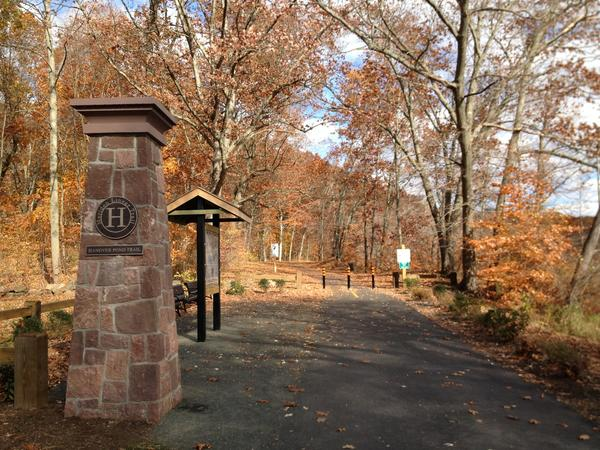 The entrance to the Hanover Pond Linear Trail.