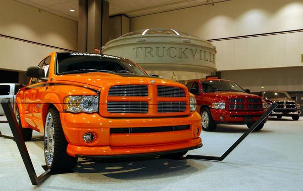 chrysler recalls 1 2 million trucks for steering flaw. Black Bedroom Furniture Sets. Home Design Ideas
